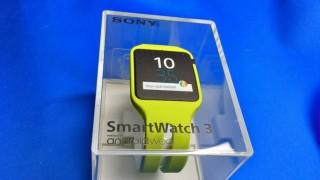 ソニーのSmartWatch3 SWR50が直販サイトで1万円切り→即買い→Nexus5xと繋がらない(泣)→できた