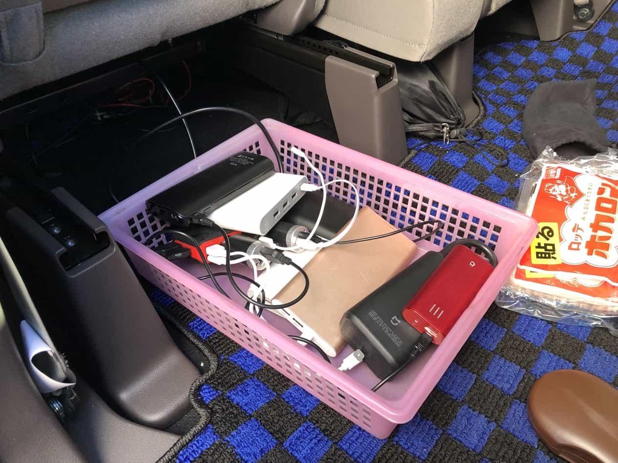 N-BOX後部座席にUSB増設